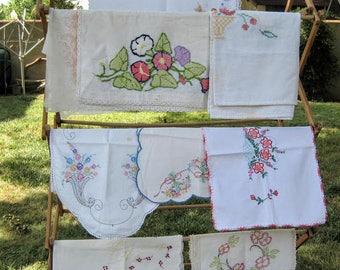 Vintage linens, vintage tablecloths, embroidery, cross-stitch, lot of linens, vintage lot