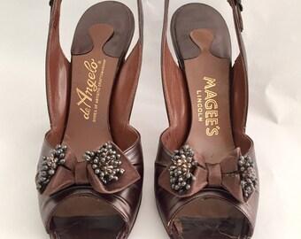 Vintage 1950s 60s de Angelo Brown Leather Slingback Heels Beaded 5.5 Narrow