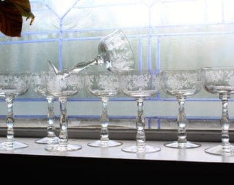 8 Fostoria Willowmere Champagne Sherbet Glasses Vintage 1950s Stemware