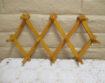 Vintage Accordion Peg Rack - Accordion Coast or Hat Rack (Yellow)