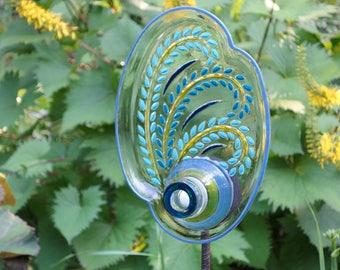 Yard Sun Catcher, Handmade Glass Flowers, Garden Yard Art and outdoor Garden sun catcher with recycled glass