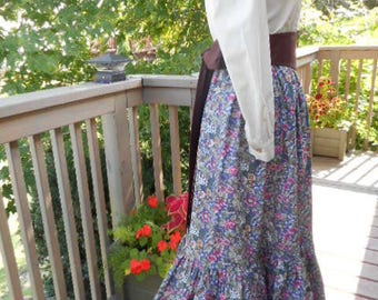 Ladies Pioneer Skirt - One Size Fits All Ready to Ship
