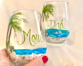 Free shipping Beach theme palm tree pair of stemless hand painted wine glasses personalized as you wish or mom and dad
