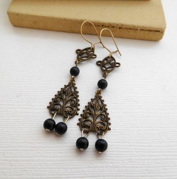 Vintage Antiqued Gold Filigree Black Bead Gothic Victorian Dangle Earrings MM23