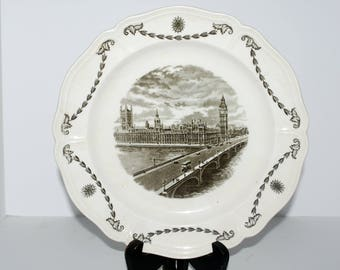Wedgwood Old London Views Houses of Parliament  collectors plate cream and black  china transferware