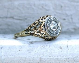 Fabulous Vintage Filigree 14K Yellow Gold Diamond Engagement Ring - 0.25ct.
