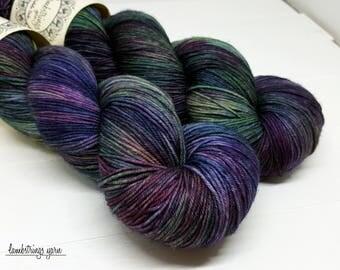 Tralala Sock 4 ply, Hand dyed yarn, SW merino wool, Nylon, 75/25,  463 yds, 100g:  Annabel Lee (Poe Collection).