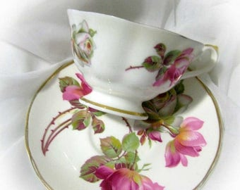 30% Off Clearance Sale Sheltonian China Pink Roses Teacup & Saucer-English Bone China