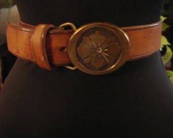 Vintage 1990s Boho Honey Tan Leather Belt With Flower Brass Buckle