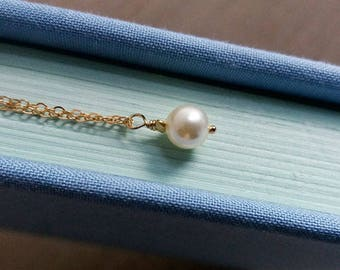 Pearl Necklace. Small Pearl Necklace. Single Pearl. Gold Filled Chain. Delicate Dainty. Layering Layered
