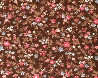 Brown Floral Fabric / Calico Fabric / Cotton Fabric / Vintage Cotton Fabric / Cranston Print Works / Cotton Calico Fabric / Brown Calico