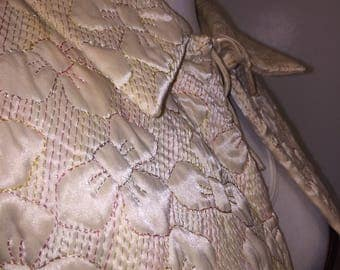 Swing Bed jacket quilted bows