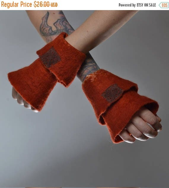 ON SALE Felted Wool Gloves - Wool Gloves - Nuno Felted Gloves - Gift for her - Winter Accessories - Gloves
