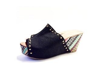 Bohemian Pair of Summer Cloth Peekaboo Toe Wedge Sandal