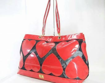 Moschino redwall heart  bag very rare!