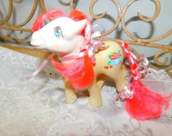 My Little Pony Cherry Treats, Pink Hair My Lil Pony, Vintage My Little Pony, Vintage my Little Pony, White My Little Pony, Toys )s*