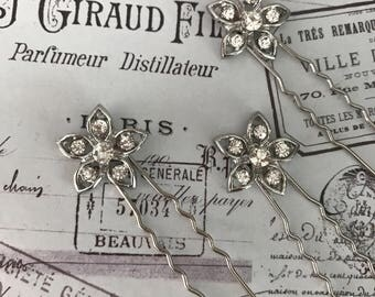 Bridal hair pins  , Bobby pins , Bridal hair accessories - silver hair pins - hair pins bridesmaid - crystal pins