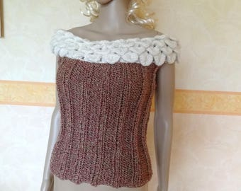 Hand knit elegant tank top with pink beige wool.