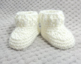 White Baby Bootie, White Crib Shoe, White Baby Shoe, Baptism Shoe, Christening Shoe, New Baby Gift, Baby Shower Gift, Pregnancy Reveal