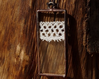 Rectangle pendant - 9 - antique lace and glass