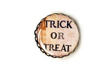 Trick or Treat Pin - Sweater Clip Brooch - Spooky Pin - Pin Badge - Spooky Brooch -  Sweater Clip - Collar Tip - Cardigan Clip