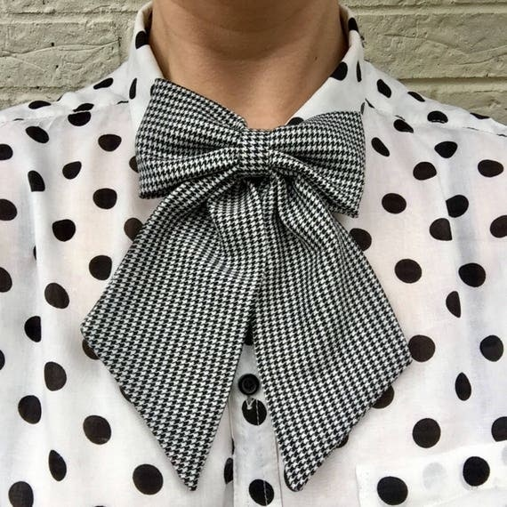 Dogtooth Print Betty Bow Tie Pin Rockabilly Rockabella Pinup