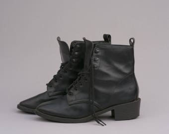 Vintage Black Vegan Leather Lace-Up Military Boots / by Highlights / Size 7