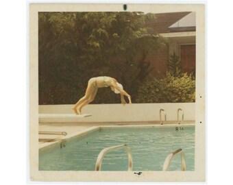 Vintage Snapshot Photo: Dive, 1960s-70s (77591)