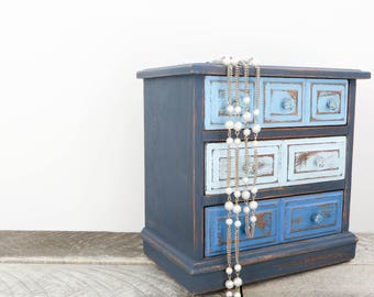 Vintage Jewelry Box - Beautiful Blue - Trendy Shabby Chic Modern