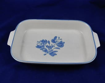Vintage Rectangle Baker, Pfaltzgraff Yorktowne, 2 Quart # 236, Stoneware Kitchen Ware, Yorktowne Blue Floral, Pfaltzgraff Castle Imprint