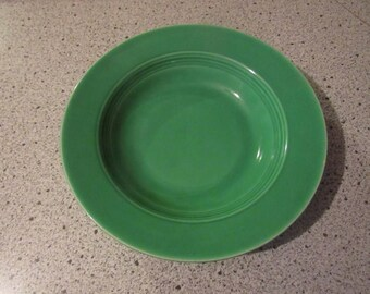 harlequin HLC fiesta early green flat soup plate