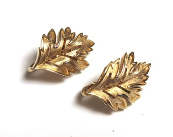 Trifari Leaf Clip-On Earrings - Gold Tone Leaf Earrings - Fall - Leaves # 2195