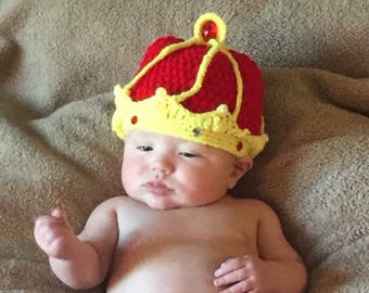 Crocheted king or prince crown hat