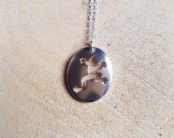 Silver Frog Necklace Pendant, Sterling Silver Frog, Animal Jewelry, Frog Jewelry, Nature Necklace, Frog Charm