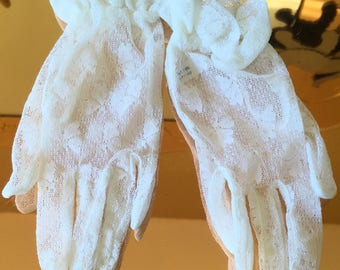 Vintage 90's white  lace stretchy gloves burlesque