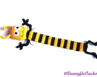 Crochet Bookmark Bee; yellow and black cotton yarns; insect; Books accessories