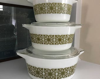 Vintage Pyrex Cookware