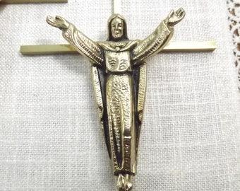 Vintage Brass Religious Cross Crucifix Wall Decor