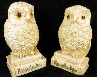 Vintage Mid Century / 1950s 1960s / Owl Bookends / Knowledge / Chalkware, Chalk Ware