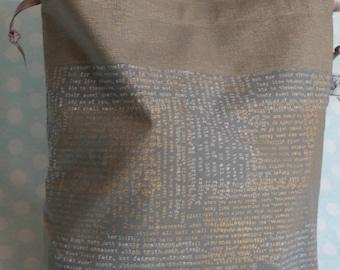 Large sweater-sized drawstring bag golden Shakespearean script