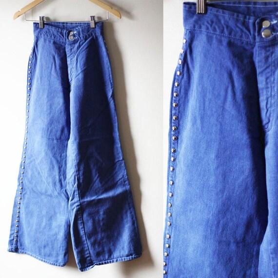 1970s studded jeans // vintage bell bottom denim // vintage jeans