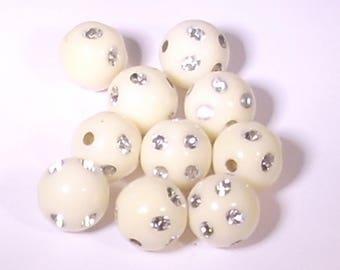 10 acrylic beads white round rhinestones break 10mm