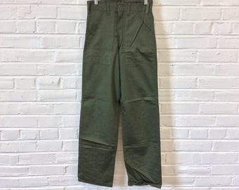 Vintage NOS 1980s Military Style Cotton Sateen OD Pants. Marked Size 26x32