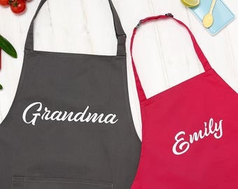 Personalised Grandma And Child Name Apron Set - Personalized Christmas Gift - Personalized Mother's Day Gift - Gift for Mum - Gift Set