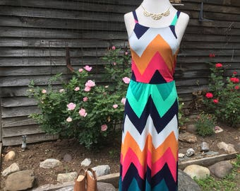 Handmade Chevron knit dress/flirty and fun/flowy/stylish/size Small/Medium