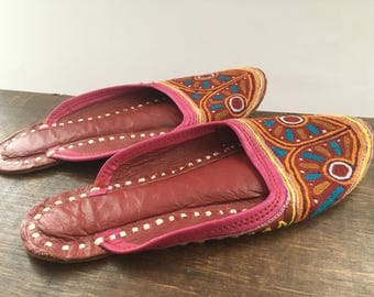 Moroccan shoes BOHO HIPPIE SHOES Handmade Leather Slippers Marackech shoes