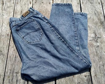 """Vintage LEE Jeans Size 18 Plus Size HIGH RISE Mom Jeans Perfectly Worn In Stone Wash Vintage Jeans 1980-90s Jeans 28"""" Inseam High Waitsted"""
