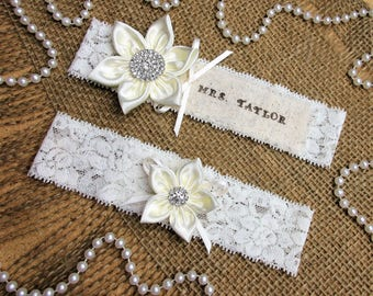 Personalized Ivory Bridal Wedding Garter Set,Pick Flower Color,Keepsake & Toss Wedding Garter Set,Wedding Accessories