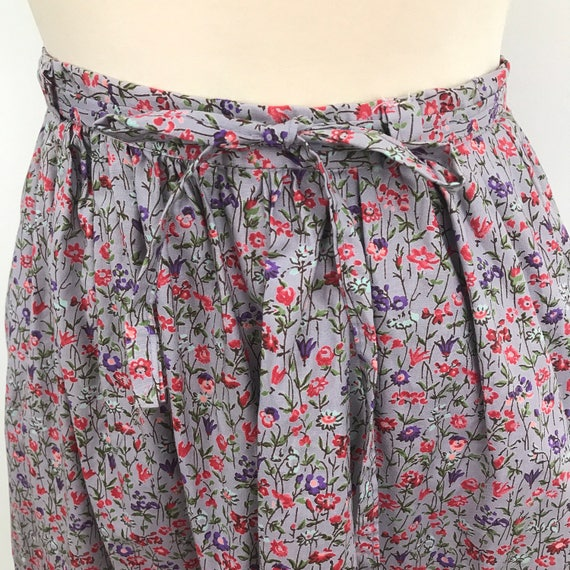 Vintage skirt lilac pink rose print high waisted purple cotton flowery UK 8 US 4 1970s does 1950s 1940s