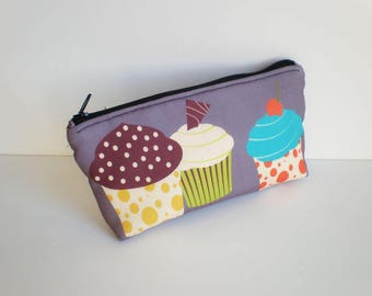 Makeup bag, cosmetic bag, zipper pouch, cupcake, pencil case, small bag, fabric pouch, cupcake cosmetic bag, printed pouch